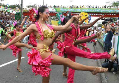 Dancers dressed in pink, Cali salsa festival