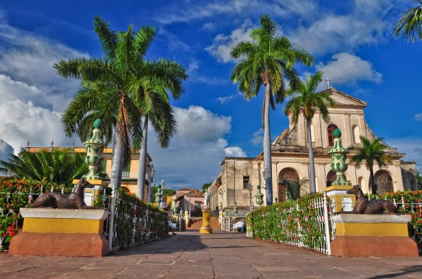 Main square with palm trees in Trinidad