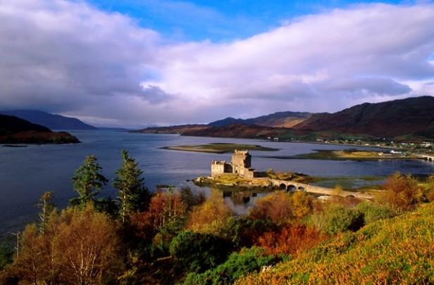 castle in loch
