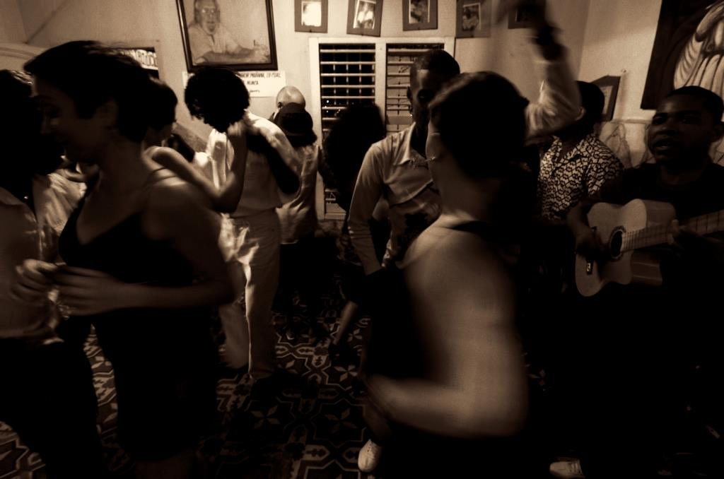 There are many music venues where you can dance to Cuban music in Santiago de Cuba.